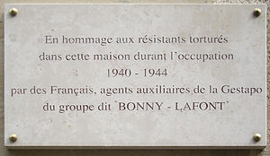 Rue Lauriston - Plaque commemorating the victims of the French Gestapo