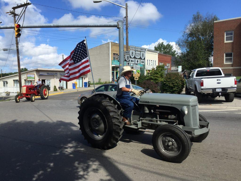 tracteur20160820_143229224_ios